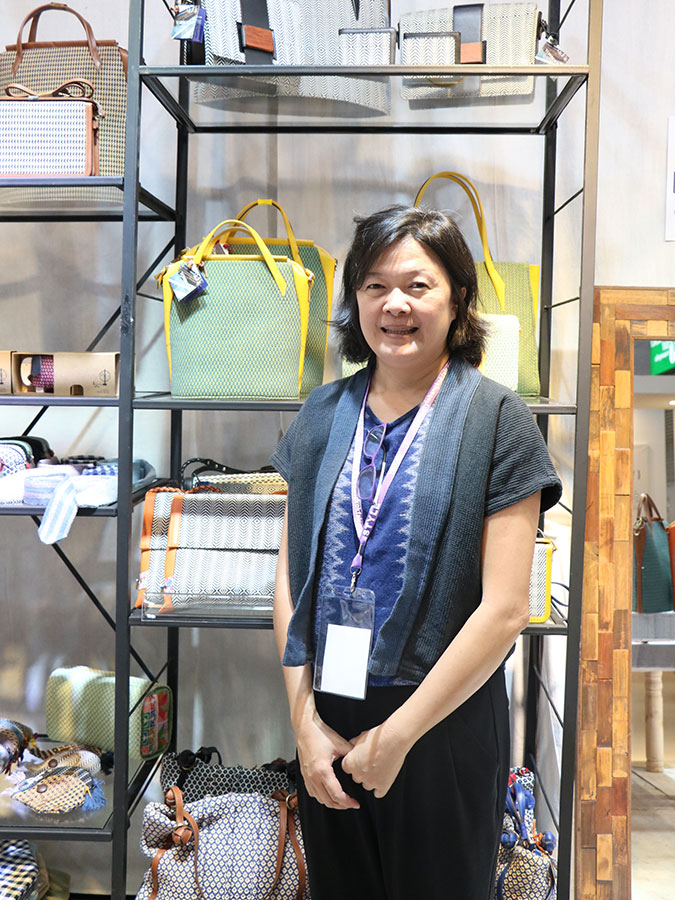 Torboon: Crafting Thai Textiles